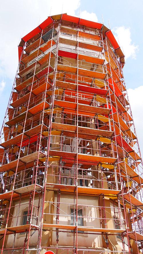 Graf állvány, hogy könnyebb legyen az építkezés